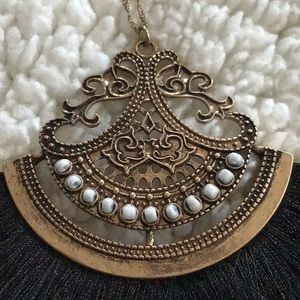 Great, drop necklace in burnished gold Boho pndnt